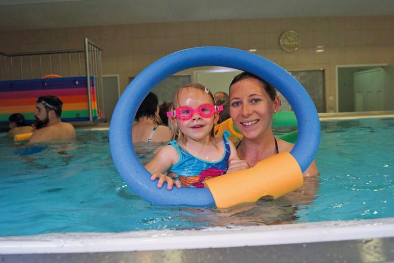 Wasserspiele in Kolsass mit Sibylle
