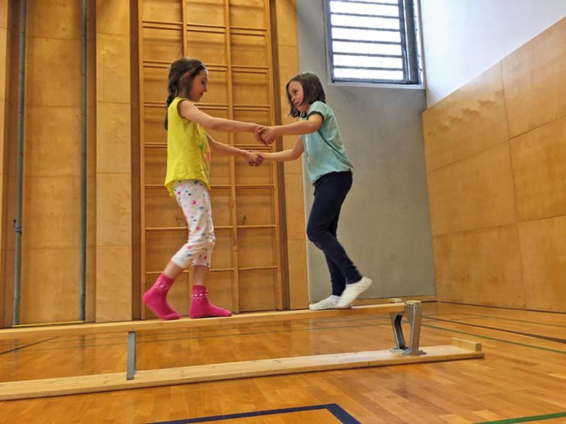 EVO-Turnen für schlaue Kids in Stans